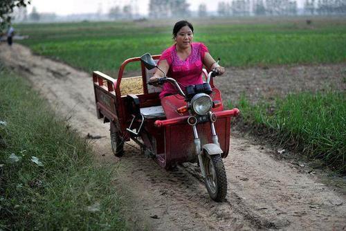 农村妇女在家做点什么能赚钱?几个适合农村妇女的在家创业项目  第1张